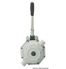 Pompe à main pour réservoirs eaux usées